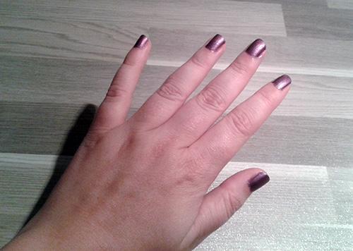 Invogue nagellak aangebracht